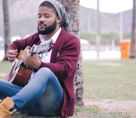 Cantor gospel conquista vaga no The Voice
